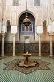 Mausol?u do interior de Moulay Ismail em Meknes em Marrocos imagens de stock