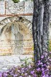 MausolA©ee de Lumone,在盖帽马丁的纪念碑 免版税库存照片