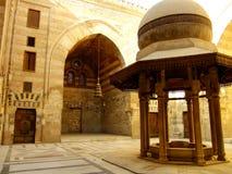 Mausolée de Madrasah et mosquée, complexe de Qalawun, le Caire Photos stock
