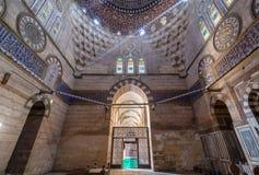 Mausoleo della moglie e delle figlie di Sultan Al Zaher Barquq al complesso di Al Nasr Farag Ibn Barquq, città dei morti, Il Cair immagine stock