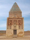 Mausoleo ricostruito IL-Arslan in città antica Kunya-Urganch fotografie stock libere da diritti