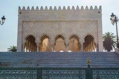 Mausoleum av Mohammed V och och Hassan II i Rabat Arkivfoto