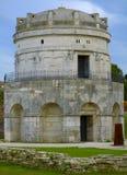 Mausoleum av Theodoric i Ravenna, Italien arkivfoton