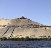 Mausoleum nära Aswan arkivfoto