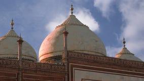 Mausoleum Taj Mahal ist gelegen in Agra, Indien Stockbilder