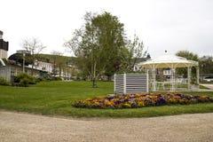 Mauvais Kissingen, mauvais secteur de Kissingen, Franconia inférieur, Bavière, Allemagne - 11 mai 2017 : Parc de roseraie avec le images stock