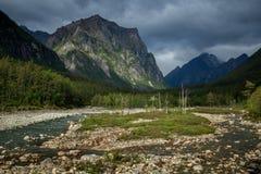 Mauvais temps dans les montagnes Photo stock