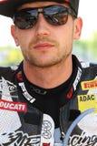 Max Neukirchner #27 sur le Superbike 1199 de M.-emballage de Ducati Panigale R WSBK Images stock