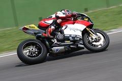 Max Neukirchner #27 sur le Superbike 1199 de M.-emballage de Ducati Panigale R WSBK Image libre de droits
