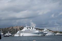 Maxi yacht porto cervo Royaltyfri Bild