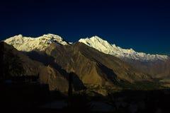 Maximalt berg för soluppgång Royaltyfria Bilder