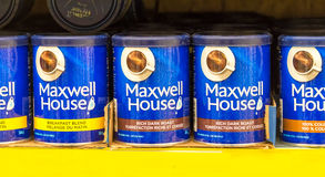 Maxwell House Coffee Cans in Store Shelf Royalty Free Stock Photography