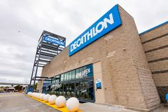 May 26, 2019 Emeryville / CA / USA - Exterior view of Decathlon Sporting Goods flagship store, the first open in the San Francisco. Bay area, near Oakland royalty free stock photos