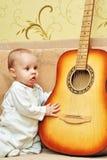 Mały muzyk Zdjęcia Royalty Free