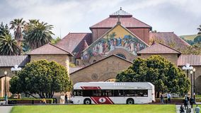 May 9, 2019 Palo Alto / CA / USA - Free shuttle taking people to the Main Quad at Stanford University stock photography