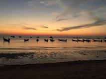 Maya Bay i den Thailand stranden Arkivbilder