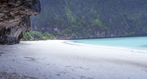 Maya Bay nella pioggia Immagini Stock