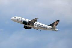 Maya d'Airbus A319-111 N947FR de compagnies aériennes de frontière   Images stock