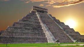 Maya de Chichen Itza, pir?mide de Kukulkan en M?xico metrajes