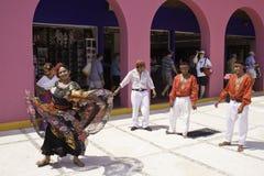 Maya Messico - danzatori tradizionali variopinti della Costa Fotografia Stock Libera da Diritti