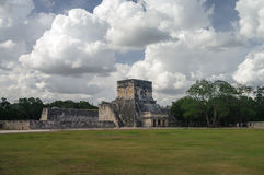 Maya Pyramid, Chichen-Itza Fotografia de Stock Royalty Free