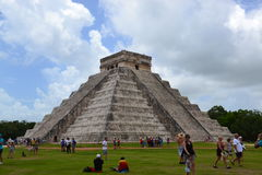Maya Yucatan Mexi�о ChichenItza Kukulkan staden  Stock Photos