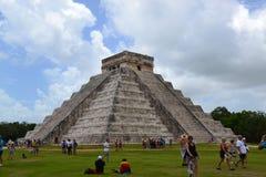 Maya Yucatan Mexi�о ChichenItza Kukulkan staden  Stock Photos