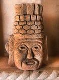 Mayan Aztec sneed Gezicht in Steen royalty-vrije stock fotografie