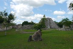 Mayan cultuur mayapan Mexico van ruïnespyramide Royalty-vrije Stock Foto's