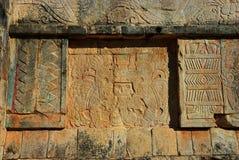 Mayan gravures in Chichen Itza dichtbij Cancun, Mexico royalty-vrije stock foto