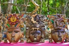 Mayan handcrafts houten maskers van Chichenitza Stock Foto's