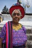 Mayan kvinna i traditionella bekläda Guatemala Royaltyfria Bilder
