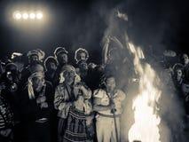 Mayan mensen rond brand Royalty-vrije Stock Afbeeldingen