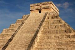 Mayan piramide van Kukulkan, Mexico Stock Foto's