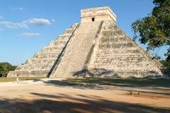 Mayan pyramid av Kukulcan El Castillo i Chichen Itza Fotografering för Bildbyråer