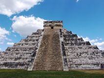 Mayan pyramid at Chichen Itza Royalty Free Stock Image