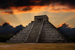 Mayan pyramid in Chichen-Itza, Mexico Stock Images