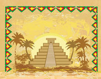 Mayan pyramid, Chichen-Itza, Mexico - abstrakt bakgrund för grunge Royaltyfria Bilder