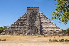 Mayan Pyramid at Chichen Itza, Yucatan, Mexico Royalty Free Stock Photography