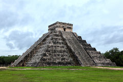 Mayan pyramid of Kukulcan Stock Photo