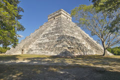 The Mayan Pyramid of Kukulkan (also known as El Castillo) and ruins at Chichen Itza, Yucatan Peninsula, Mexico Royalty Free Stock Photos