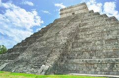 Mayan pyramid of Kukulkan in Mexico Royalty Free Stock Photography