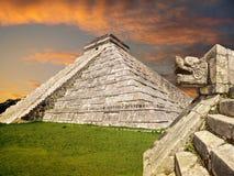 Mayan pyramid, Mexico Arkivbild
