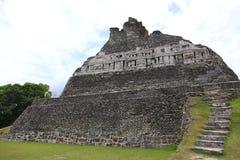 Mayan Ruïne - Xunantunich in Belize royalty-vrije stock foto's