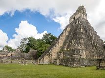 Mayan tempel I Gran Jaguar på den Tikal nationalparken - Guatemala Arkivfoton