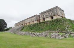 Mayan tempel in Uxmal royalty-vrije stock afbeelding