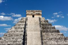 Mayan Temple Pyramid at Chichen Itza Stock Photography