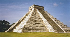 Mayan Temple Pyramid Chichen Itza Mexico Royalty Free Stock Image