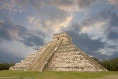Mayapyramid, Chichen Itza Arkivfoto