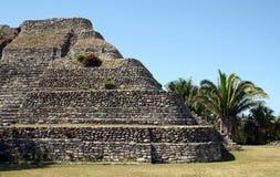 Mayaruine in Mexiko lizenzfreies stockbild